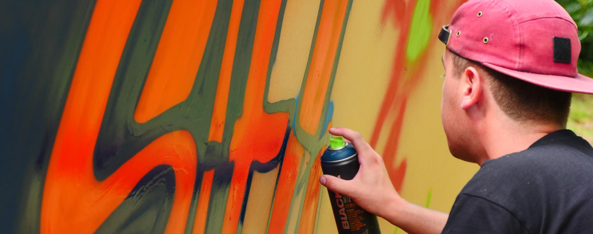graffiti sander